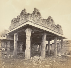 Ruins of Vijianuggur [Vijayanagara]. near Calamapoor [Kamalapuram]. A small ruined temple called the Volkonda [Ramachandra Temple]. The Entrance Porch